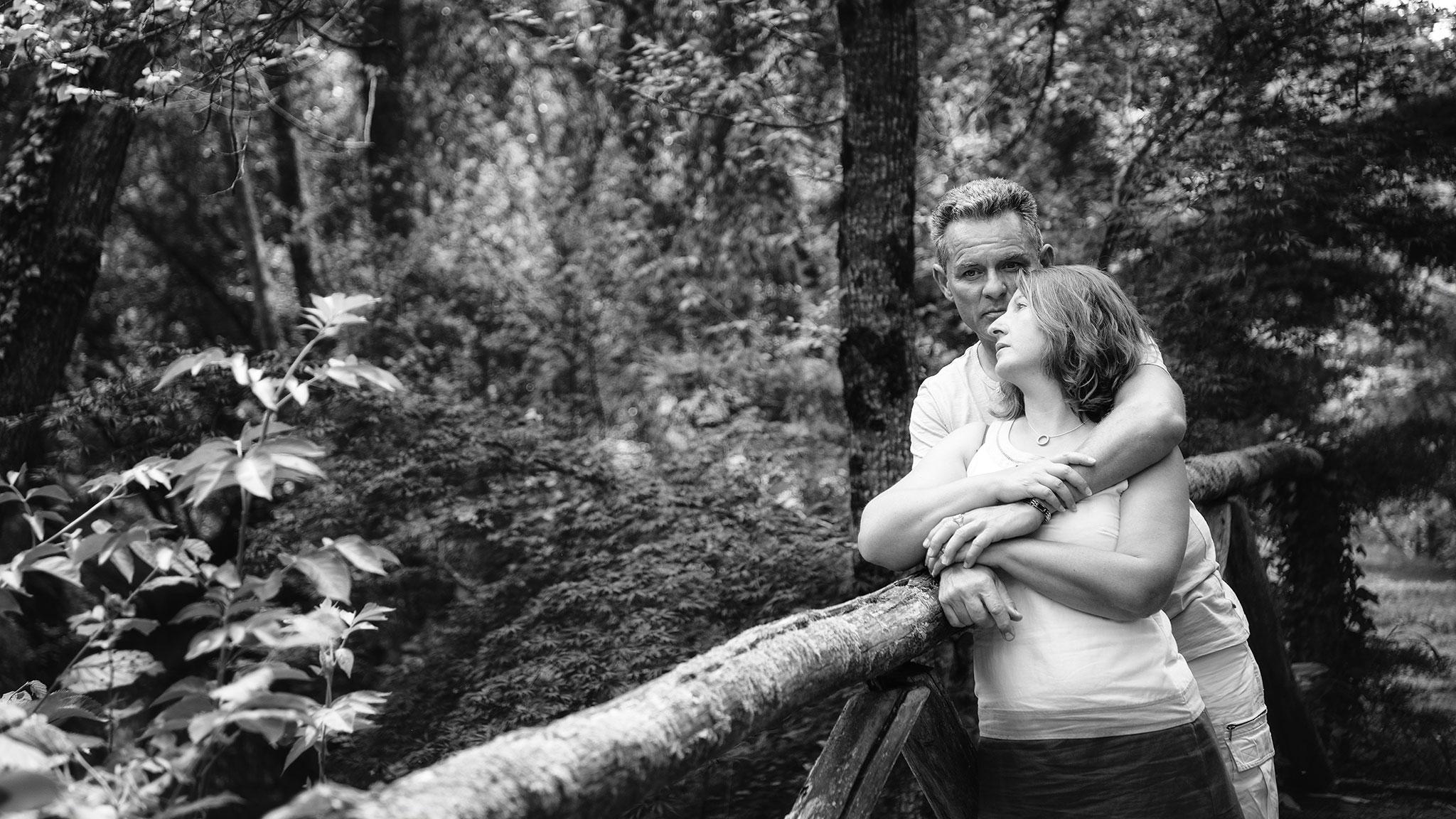 Couple en extérieur